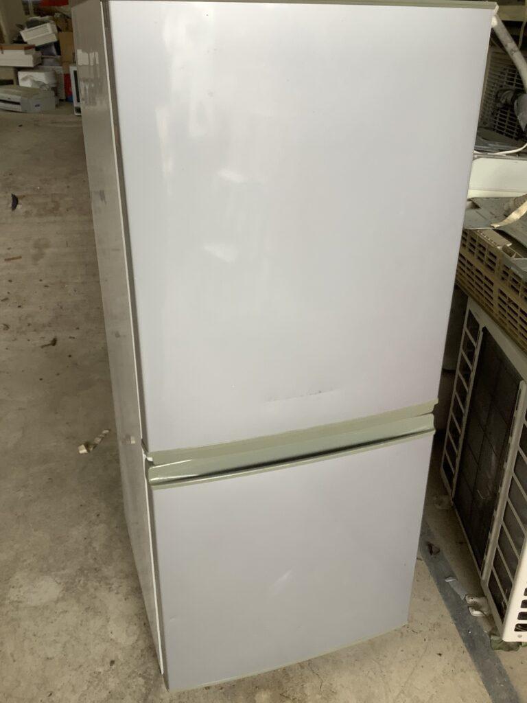 岡山市北区西辛川で回収した冷蔵庫