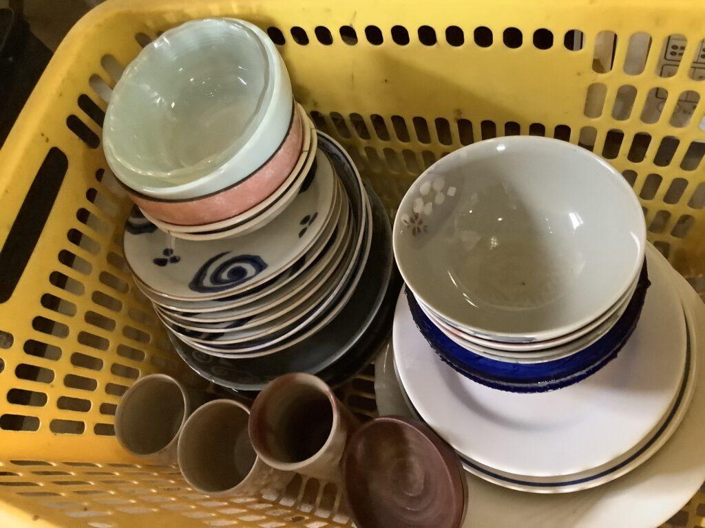 岡山市北長瀬本町で回収した食器