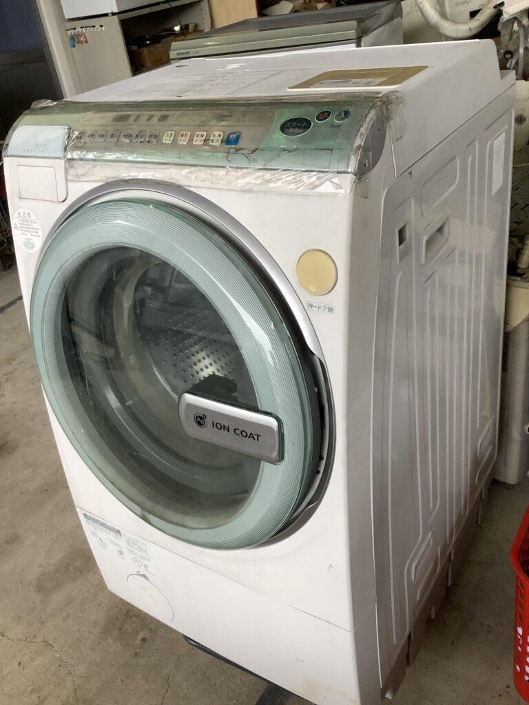岡山市北区西辛川で回収したドラム式洗濯機