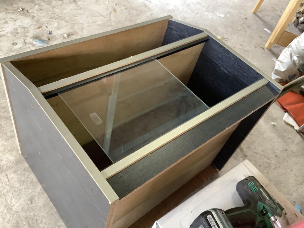 岡山市新屋敷で回収した整理棚