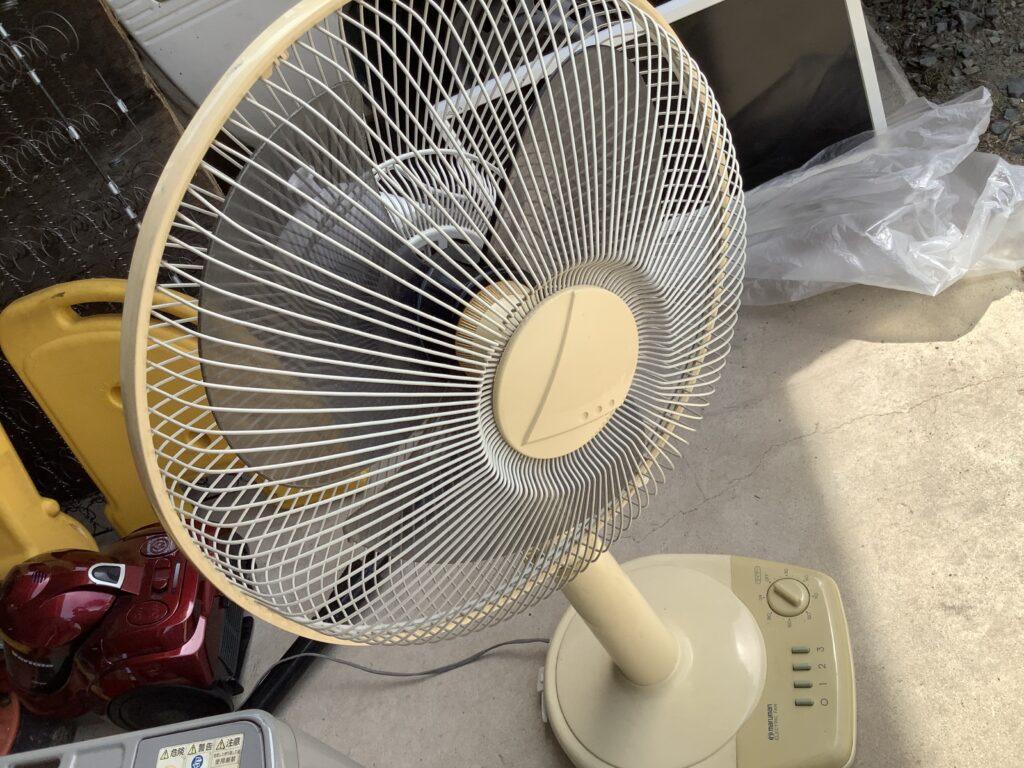 岡山市北区平田で回収した扇風機