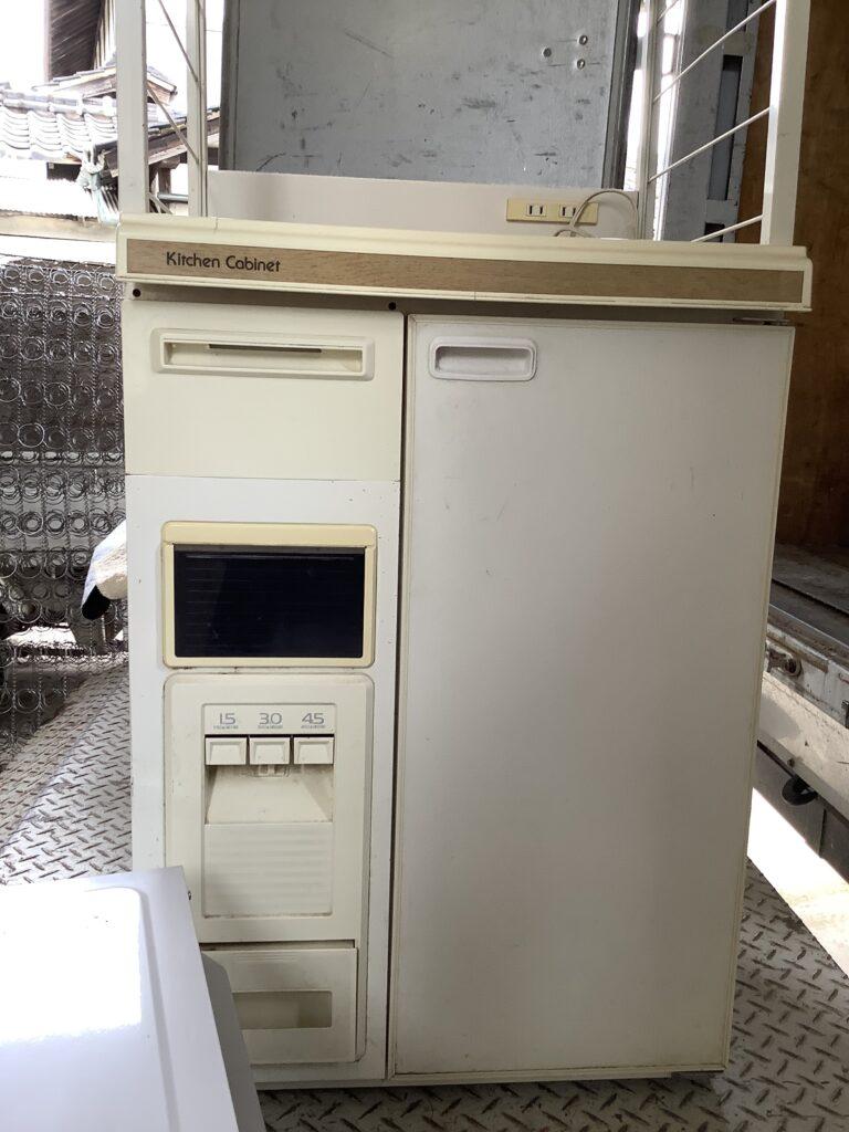 岡山市東区西大寺で回収したキッチンキャビネット