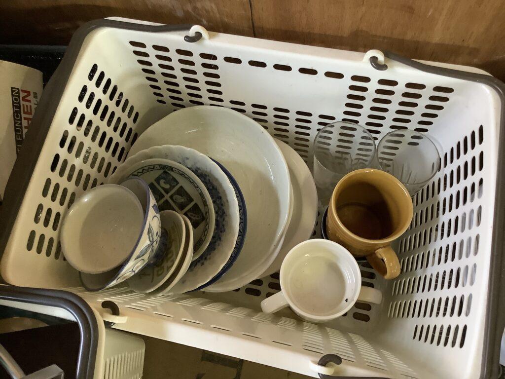 岡山市中区雄町で回収した食器