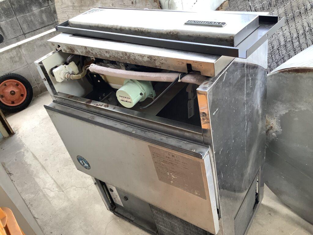 岡山市北区庭瀬で回収した製氷機