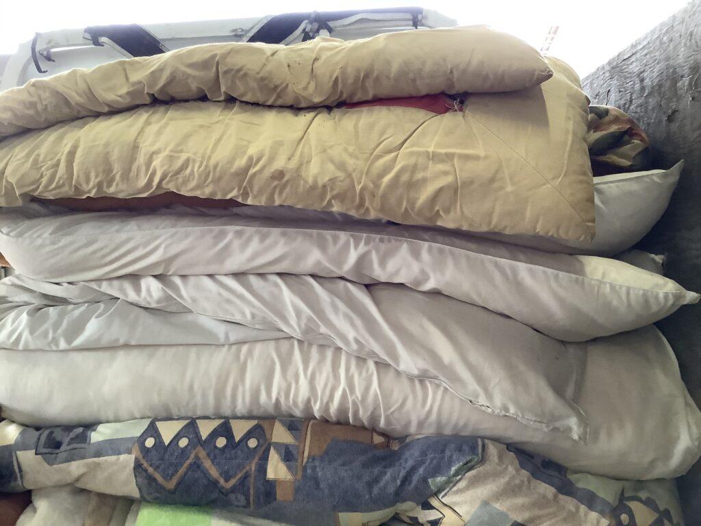 岡山市中区西川原で回収した布団