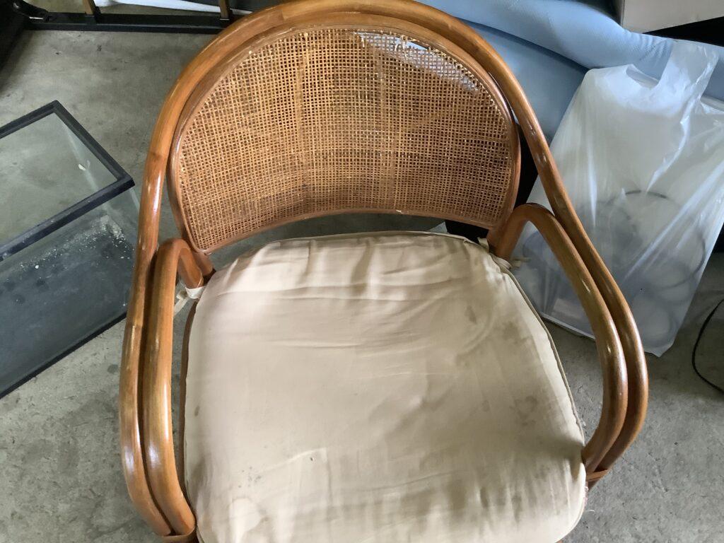 岡山市東区西大寺で回収した座椅子