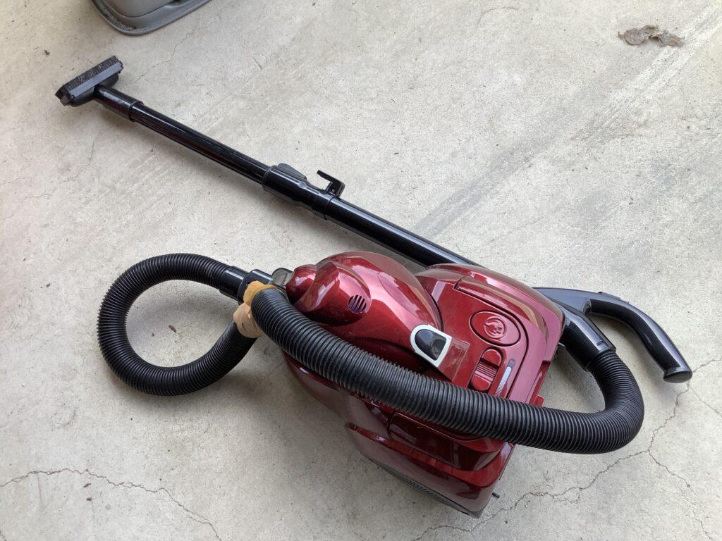 岡山市北区平田で回収した掃除機