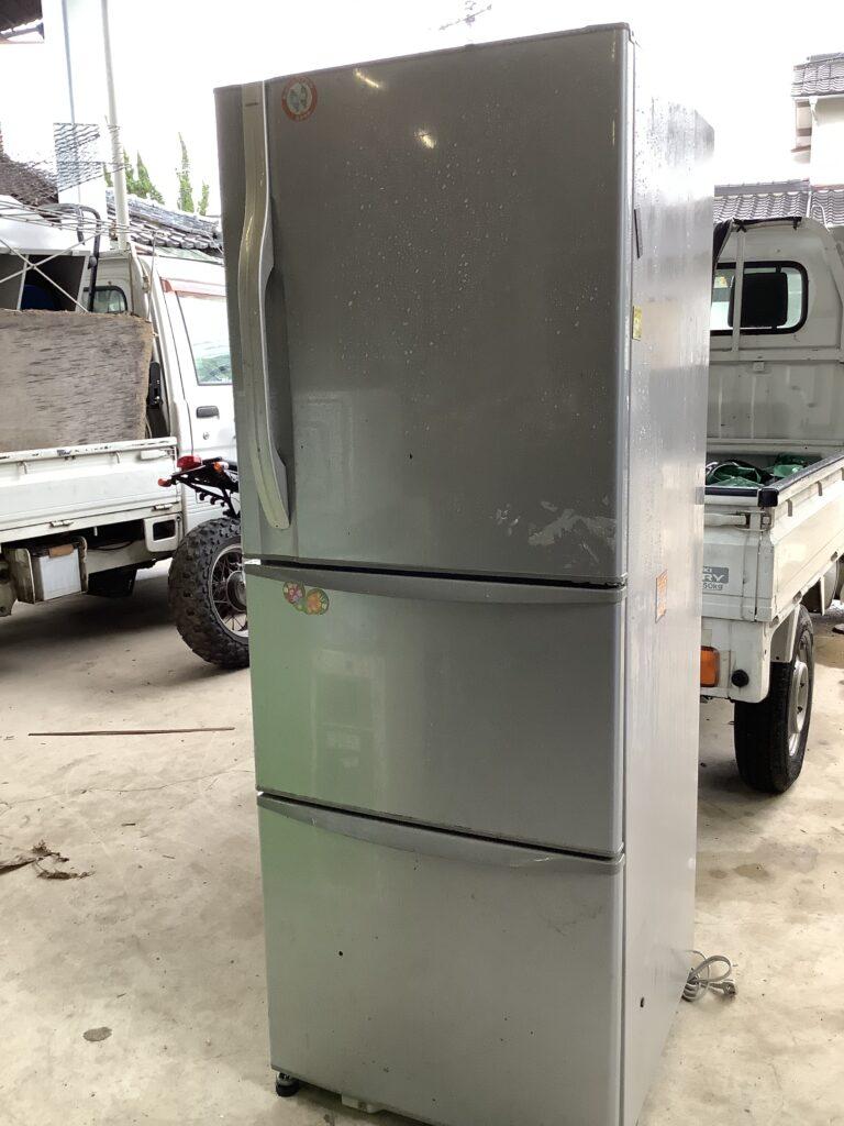 岡山市北区野田で回収した大型冷蔵庫