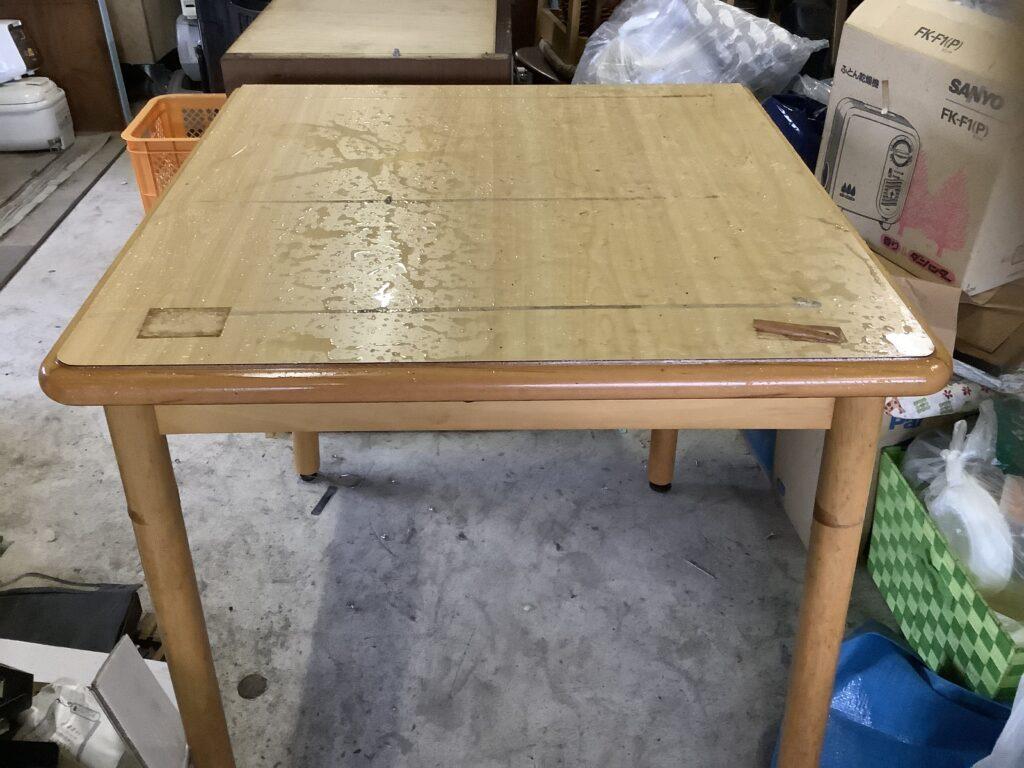 岡山市北区野田で回収したテーブル