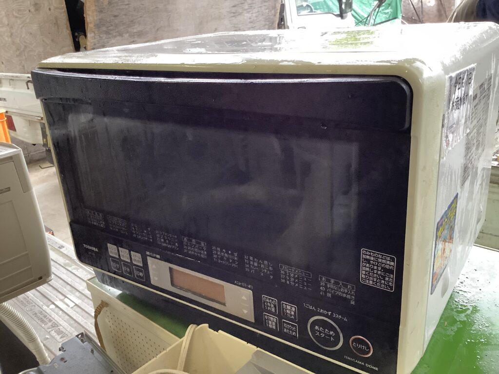 岡山市北区野田で回収した電子レンジ