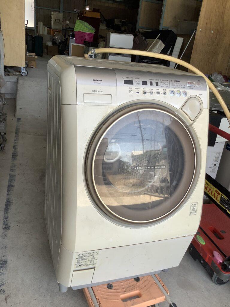 岡山市東区西大寺で回収したドラム式洗濯機