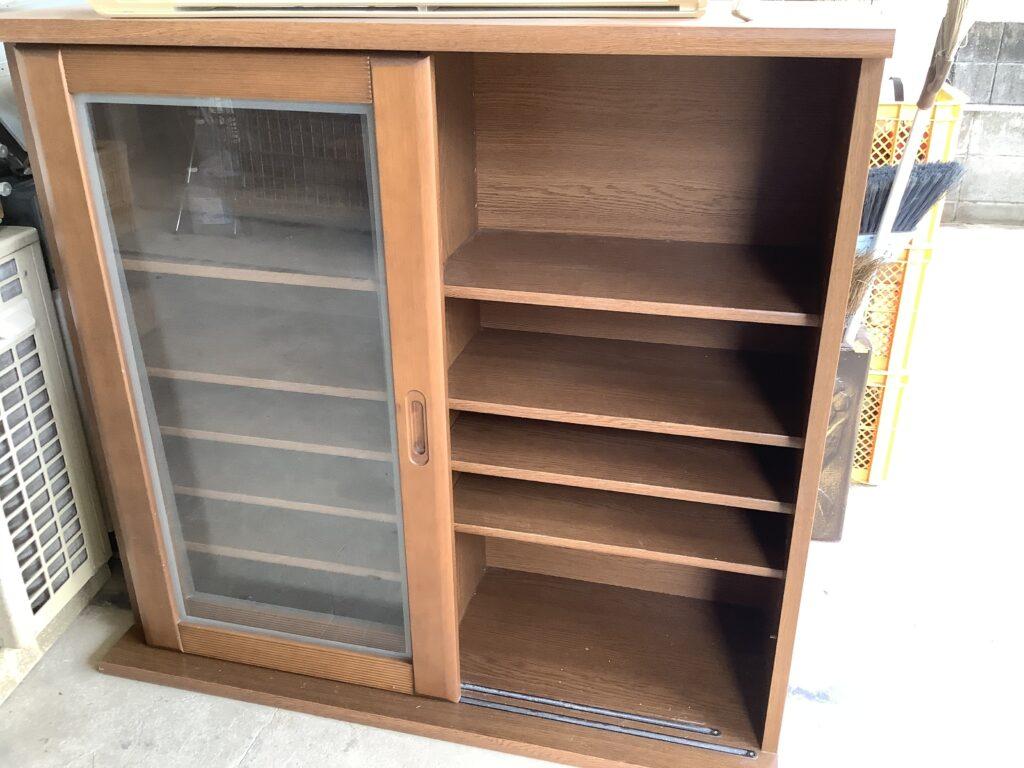 岡山市伊島町で回収した食器棚