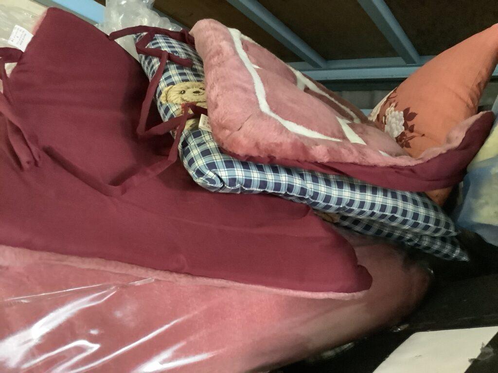 岡山市南区福富で回収した座布団