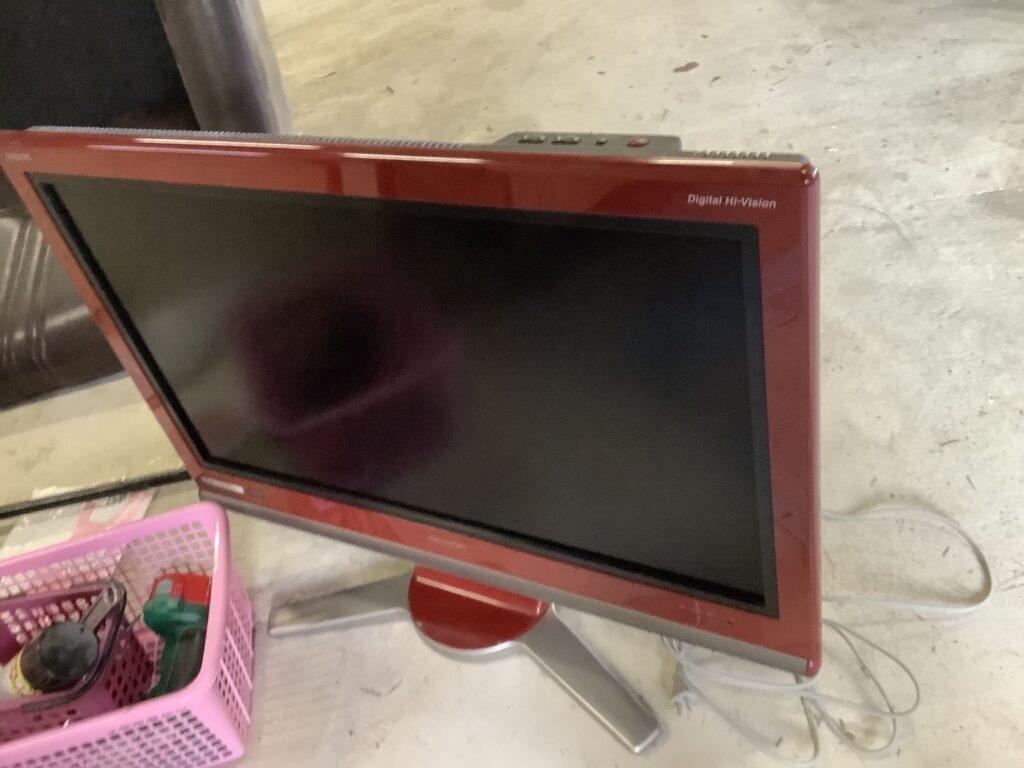 岡山市南区大福で回収した液晶テレビ